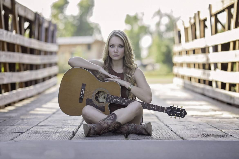 guitar-944261_1920.jpg